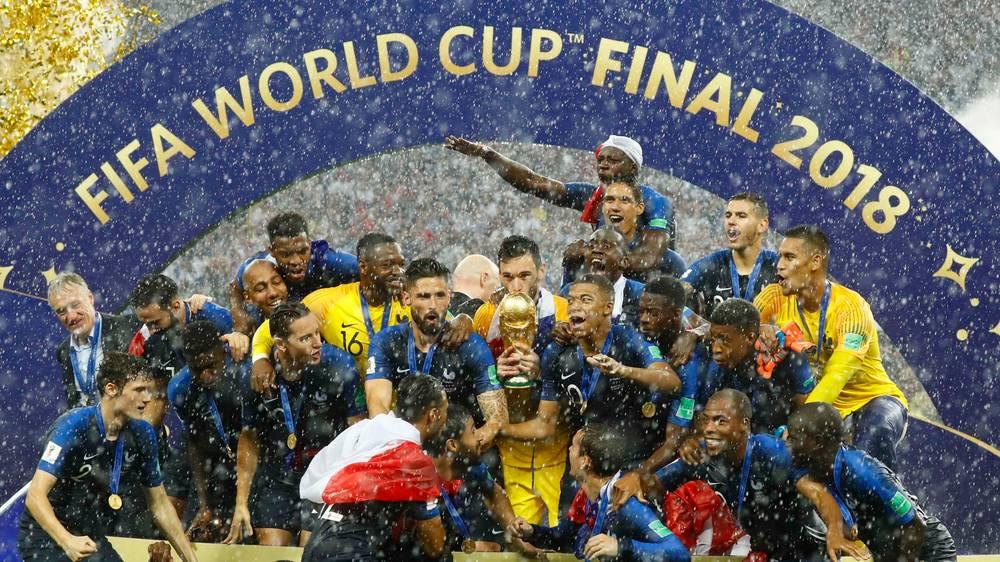 Photo of France Beat Croatia To Claim World Cup Glory