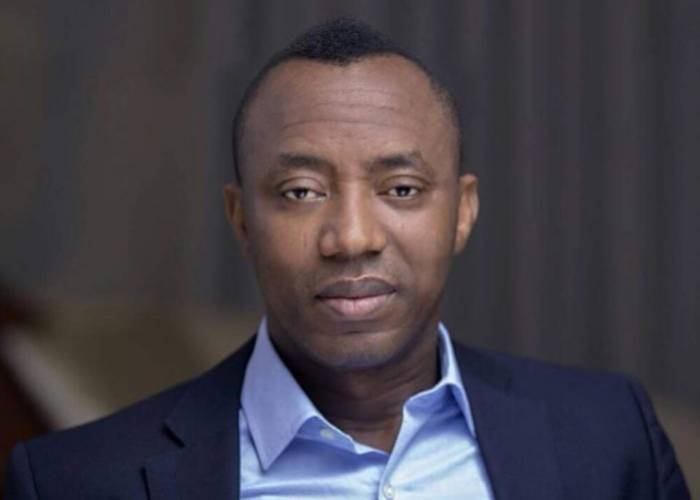 2019: Police Arrest Six For Pasting Omoyele Sowore's Posters At Night
