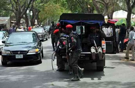 Photo of Having S-x In Car Is A Criminal Offence – Lagos Police Counter Abayomi Shogunle