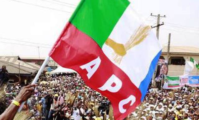 Photo of SDP chairman, PDP lawmaker, others defect to APC in Jigawa
