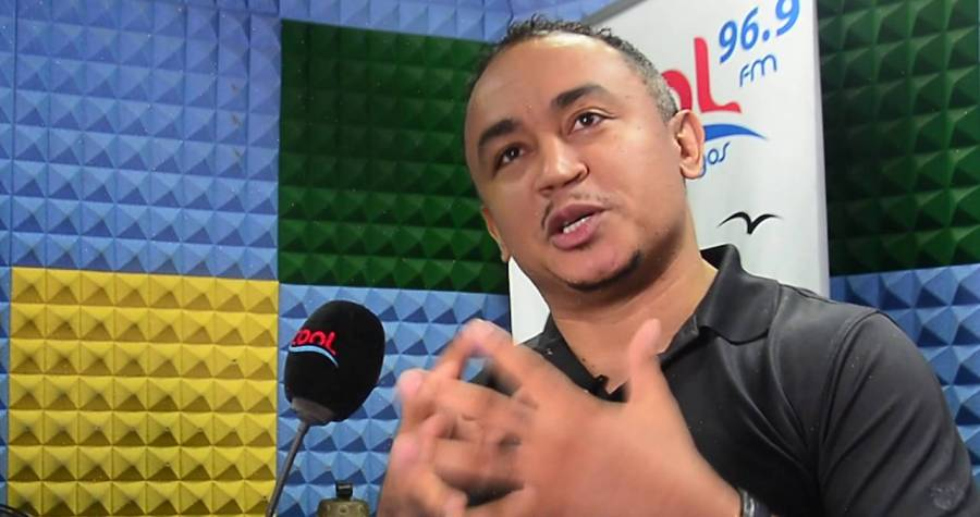 Photo of Daddy Freeze blasts Kumuyi for condemning women wearing trousers