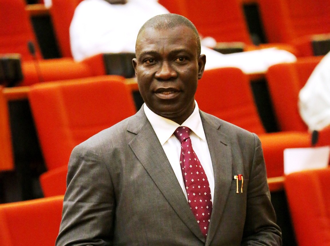 Ekweremadu reacts to emergence of Abaribe, other PDP members as Senate officers