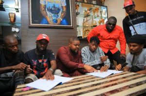 "Photo of Davido Signs New Artiste ""Lil Frosh"" Into DMW Record Label"