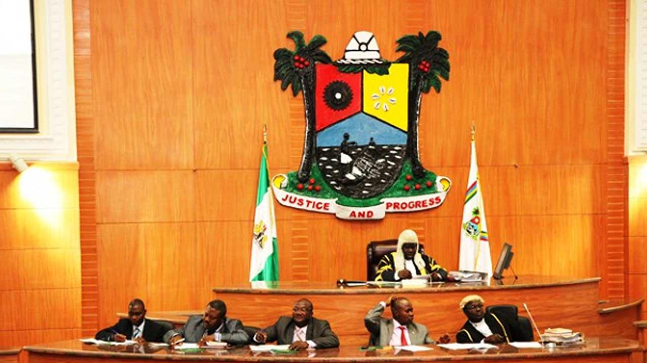 Lawmakers admonish Sanwo-Olu, warn FRSC, Police, VIO