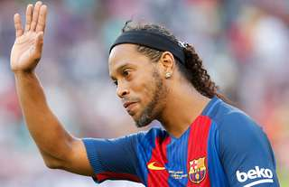 Ronaldinho reveals what he did to Messi at Barcelona
