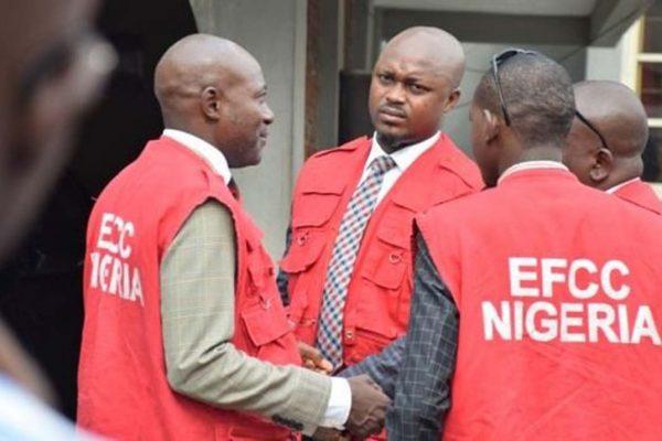EFCC arrests 42 suspected Yahoo boys in Ogun