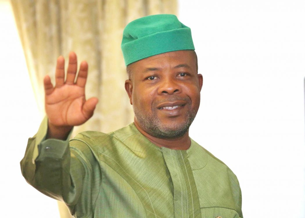 Photo of Ihedioha slams Imo Assembly with lawsuit, restrains probe of 'missing N19.63b council funds'