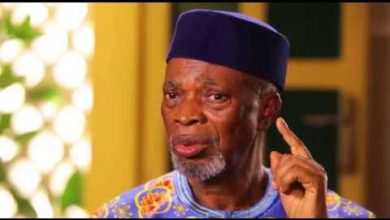 Photo of Former Governor of Old Ondo State, Bamidele Olumilua is dead