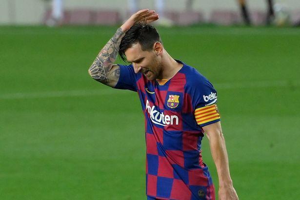 Messi urged to snub Premier League move