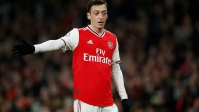 Photo of Ozil gets '£18m pay-off offer' from Arsenal