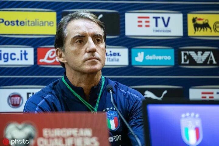 Mancini: 'Italy must aim to win Euro 2020'