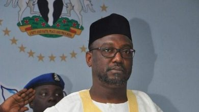 Photo of Niger State Govt. Set to Slash 30% of Civil Servants Salaries, Blames Recession