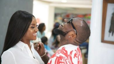 Photo of Davido And Chioma Fights Dirty Over His Entanglement With Two Women