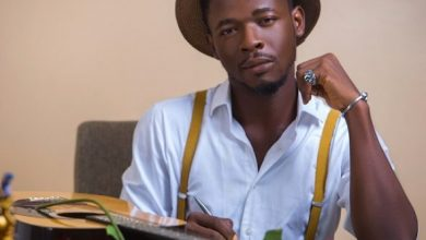 Photo of You're Untrustworthy – Johnny Drille Tells Simi