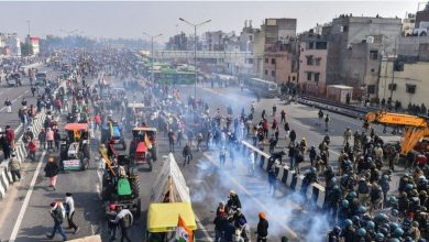 Photo of Tractor rally: Indian farmers breach Delhi's Red Fort in huge protest