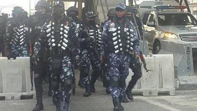 Photo of Police Display Show of Force Ahead Of Saturday's Protest