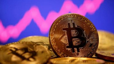 Photo of Bitcoin Hits $60,000, Sets New Cryptocurrency Record