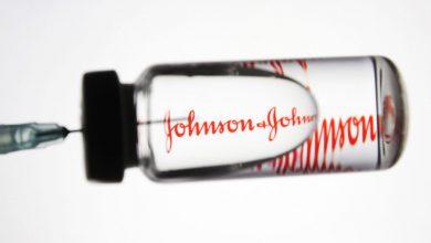 Photo of US resumes Johnson & Johnson's Covid vaccinations despite clotting fears