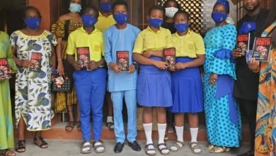 Photo of Old students donate COVID-19 preventive materials, books to their alma mater
