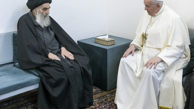 Photo of Pope Francis meets with top Shiite cleric