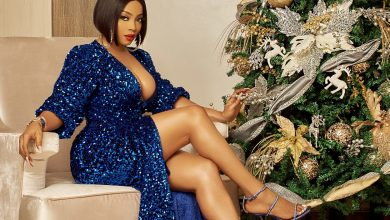 Photo of Toke Makinwa calls out fire department for arriving 20 hours late following outbreak in her house