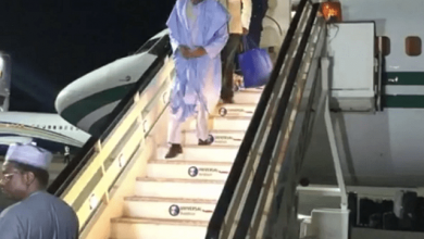 Photo of President Buhari Arrives London for Medical Check Up