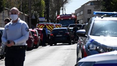 Photo of French police administrative officer fatally stabbed, suspect shot dead at the scene