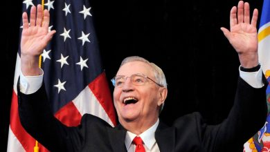 Photo of Walter Mondale, former US Vice President, dies at 93