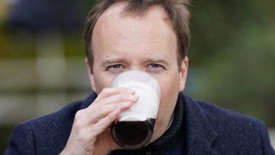 Photo of Matt Hancock: Viral Guinness pint was actually photoshopped