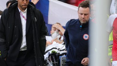 Photo of Euro 2020 game resumes after collapse of Danish soccer player Christian Eriksen