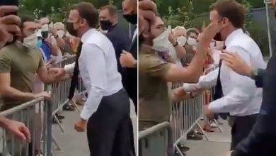 Photo of Bystander slaps French president Macron during southeast France trip
