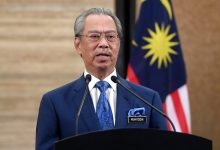 Photo of Malaysian PM defies calls to quit, wants confidence vote next month