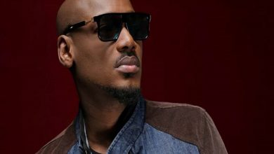 Photo of Legendary singer2Face Idibia Spits Out Fire after Someone in His Inner Circle Stepped on His Feet