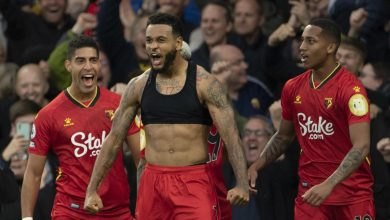Photo of King, Dennis put Everton to sword at home