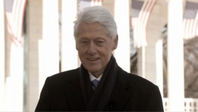 Photo of Clinton in 'good spirits' after being hospitalized in ICU with blood infection 'not related to Covid-19'