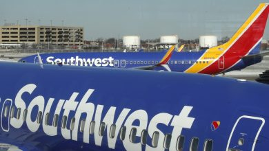 Photo of SouthWest Airlines cancels over 1,800 flights in 2 days amid rumours of employee 'sickout' due to Covid-19 vaccine mandate